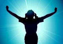 働く女性の天敵、首と肩の痛みは姿勢で改善できる!