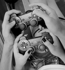 おうちデートで盛り上がる♥︎彼と2人で楽しめるゲーム
