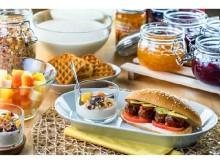 すてきな朝はイケアから♪ミートボールのホットサンドにヨーグルト食べ放題つき「グッドモーニングビュッフェ」を開催
