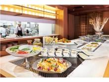 ホテルディナーで冷製オードブルなど約15種類の食べ放題!その名も「アイランドバー」が登場‼