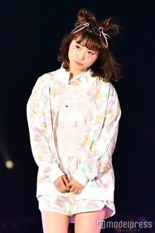 初代・日本一かわいい女子高生、初ランウェイにファン熱狂 大舞台堂々こなす<GirlsAward 2016 S/S>