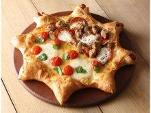 オシャレすぎる星型ピザ誕生!パーティにもぴったりの「ピザーラスターズ」はみみまで美味しい☆
