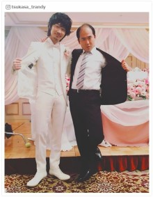 綾野剛&トレンディエンジェル斎藤さんで「綾野さんだぞ」2ショットが話題