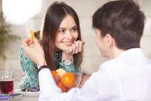 恋愛心理学で男性とのコミュニケーションを克服する5つのコツ