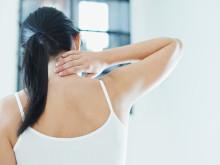 原因は首じゃなくて脇。寝違えの痛みが少しでもマシになる方法