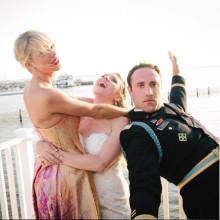 ファンの結婚式にも登場! テイラー・スウィフトのサプライズがステキすぎる♡