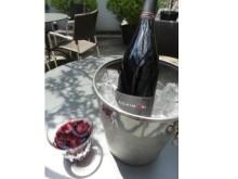 """夏のアペリティフにおすすめ♪果実味溢れる""""冷やして飲むワイン""""が今年も発売!"""