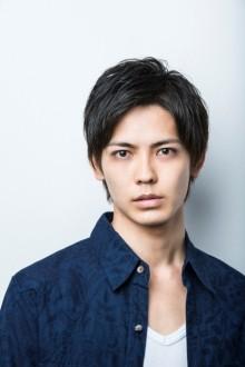 【NEXTブレイク俳優を探せ!】端正な顔立ちとミステリアスな雰囲気が気になる!! 猪塚健太クン