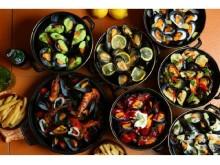 「ムール&フリット」専門店に夏の新作「ムールポット」7種と、石巻産オイスター1個180円&お通し生ハムの食べ放題キャンペーン♪