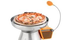 バーベキューでピザ!?グリルに乗せて使えるピザ窯が便利そう