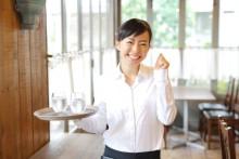 おしゃれで可愛い♪ モテバイトの王道⁉︎「カフェスタッフ」の裏側を解明!!