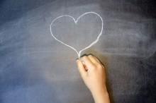 過去の恋愛常識はもう通用しない?恋愛は受け身ではなく、攻めの姿勢で!