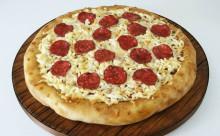 """ピザに見えるけど実は…?食べてビックリな""""そっくりスイーツ""""の完成度が高すぎる"""