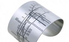 知らない土地でも安心♪ファッション感覚で使える地下鉄マップのバングルが便利