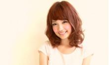 「おサボり女子」急増中…♡スタイリング簡単なのにお洒落♡可愛いミディアムパーマ四選!