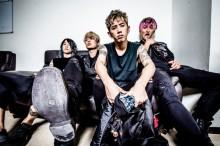 """【オリコン】ONE OK ROCK、自己最高初週売上で1位 """"史上初""""の記録も"""