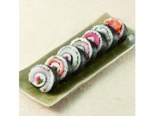 日本列島丸かぶり!?食べ進めると旬の味が変わる恵方巻