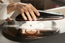 音楽好きさん必見☆ワイヤレスのアナログレコードプレーヤーがカッコイイ!