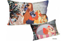 名場面がオトナかわいいデザインに♡ディズニー人気キャラが大集合した「枕カバー」がステキ
