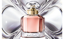 """ひと吹きで""""いい女""""に♡ゲランの新作フレグランスはアンジェリーナ・ジョリーをイメージした香り"""
