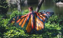 おとぎ話の主人公になった気分♡ヴィレヴァンで「蝶の羽ケープ」が販売スタート!