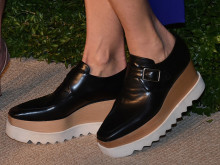 春の準備は靴から。プラットフォームシューズを選びたい