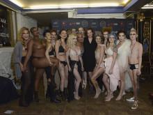 モデル全員が乳がんの経験者「残りの人生をネガティブに過ごしたくなんかない」 #NYFW