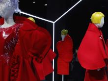 服じゃない。川久保玲のコレクションが突き抜けてる #PFW