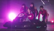 乃木坂46、白石麻衣・衛藤美彩らが新曲MVでカートレース