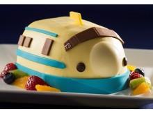 春の門出にぴったり!幸運の黄色い新幹線ケーキ