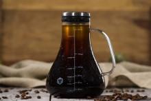 カスタマイズも自由自在♪おいしい水出しコーヒーが簡単につくれるカラフ