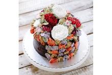 食べちゃうのがもったいない!カラフルなお花が咲き乱れるフラワーケーキが美しすぎる♡