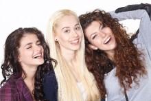 ガールズトークが実は危険!「女に嫌われる女」の3つの特徴