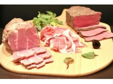 極上肉3種を好きなだけ!女子必見のトリプル肉祭り