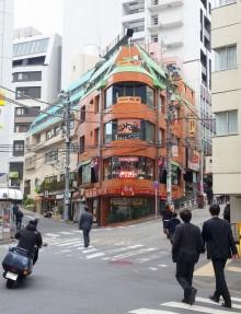 【渋谷のワンコインランチ】大盛り&メガ盛りも無料!! 昔懐かし定番人気の「ナポリタン」