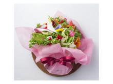 「ブーケサラダ」の花束で母の日ディナーを華やかに
