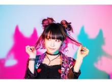 LiSA×SPINNS!キャラクタービッグTシャツ限定カラー