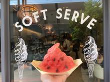 スイカでアイスをサンド♡ドミニクアンセルベーカリーの、見た目が可愛すぎる新作スイーツを食べてきた!