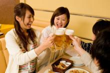 男性から実は印象が悪い、飲み会での「NG」モテテク