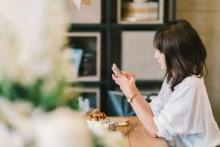 気になる人とネット上で、どうやって距離を縮めればいいの?