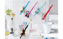 もう離したくないニャー♡迷わずコンプリートしたくなる猫の歯磨きスタンドにキュン!