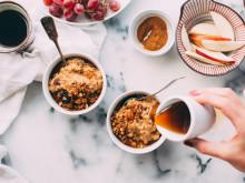 朝ごはんを夜に食べるオージーガール。簡単だし、よく眠れる