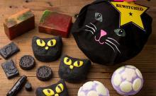 黒猫もいるニャン!LUSHのキュートなハロウィン限定アイテムでバスタイムを楽しんで♡