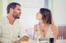 彼に好かれるためにやったのに…。言わないけど本音ではやめてほしい女性のアピール3選