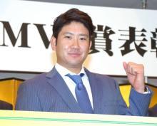 巨人・菅野投手「東京ドームMVP賞」受賞 来季の巻き返し誓う
