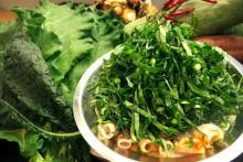 ケールと旬の野菜食べ放題の、やみつきオーガニック火鍋!