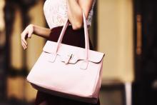 気になる女子の荷物ってどうなの?「男性が実は見たい女子の荷物」3選