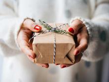 パートナーへのクリスマスプレゼント、相場はいくら?
