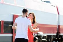 遠距離恋愛から結婚に至ったカップルに聞いた!遠距離恋愛を実らせるために実践すべきこと3つ