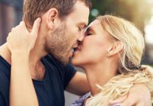 ここでキスしたい…彼が口づけしたくなる愛されリップの作り方